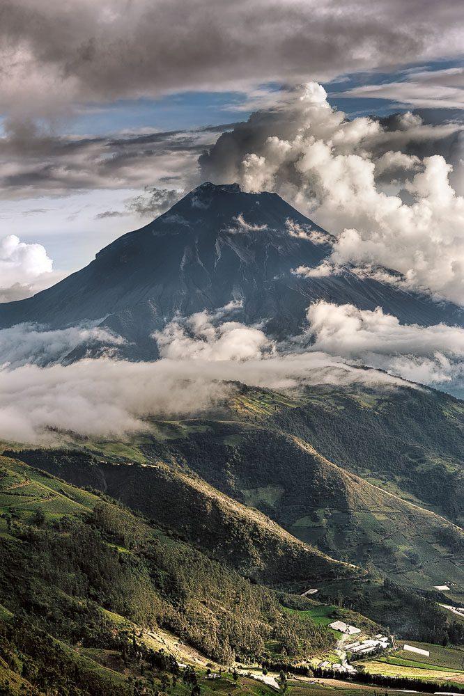 Phreactic eruption volcano Tungurahua